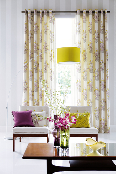 Eyelet curtains fitted to an eyelet curtain pole