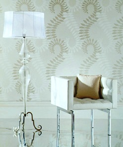 Wallpaper with vertical lines