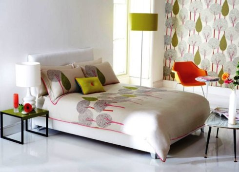 spring coloured bedding and curtains to match