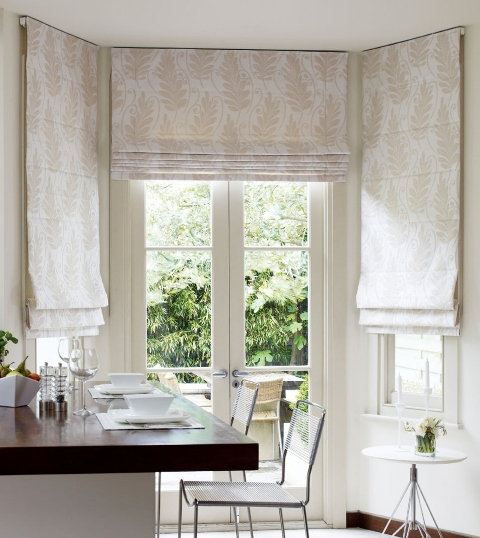 neutral coloured kitchen blind
