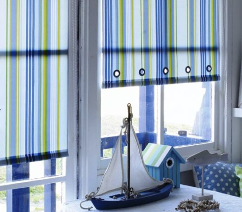 roller blinds for bedrooms and bathrooms