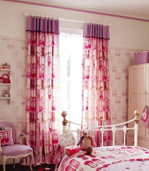 pink girls curtains