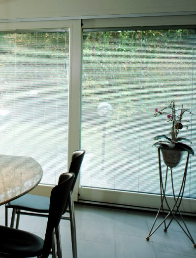 metallic finished venetian blind